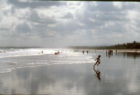 pangandaran-Indonesia-1990.jpg Photo: Otto Leholt
