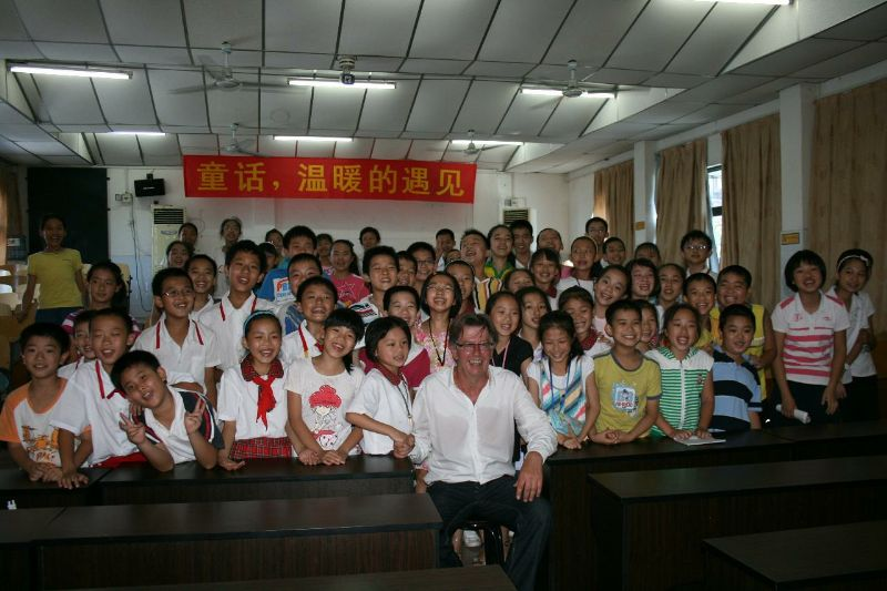 Photo with student in Luizhou 2010 &copy Otto Leholt